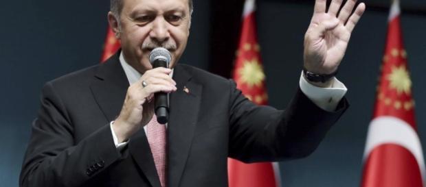 Erdogan proclama lo stato di emergenza in Turchia - laregione.ch