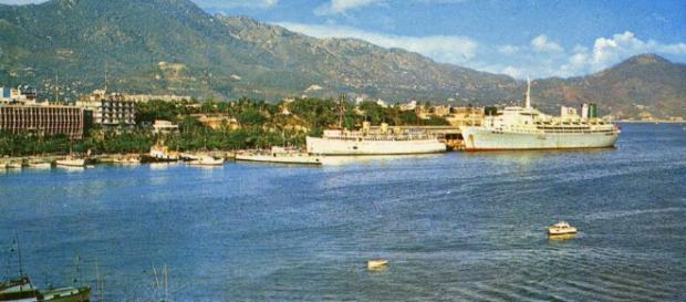 Princess Cruises (P&O) Cruise Ship Postcards - simplonpc.co.uk