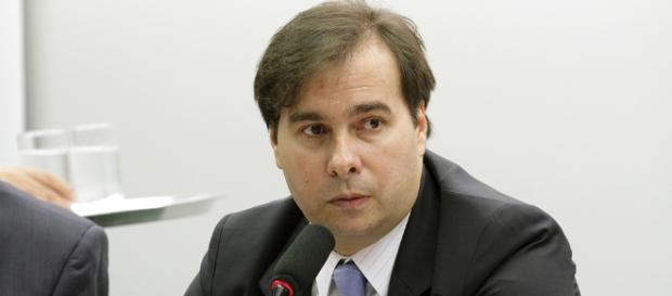 """Rodrigo Maia disse que quer votar logo o """"acordado sobre o legislado"""""""