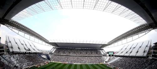 Corinthians x Figueirense: Alexandre Pato deve reestrear