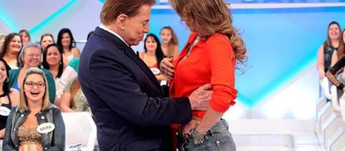 Silvio Santos e Lívia são ousados no palco