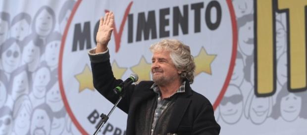 Il Grillo per la testa di Beppe: lasciare il logo M5S al Direttorio - lanotiziagiornale.it