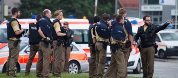 Polícia alemã procura pelos atiradores