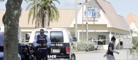 Authorities on the Scene After Deadly Ft. Myers Shooting - NBC News - nbcnews.com