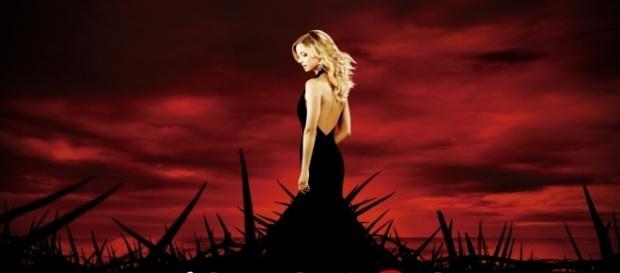 Emily VanCamp em 'Revenge' (Divulgação)