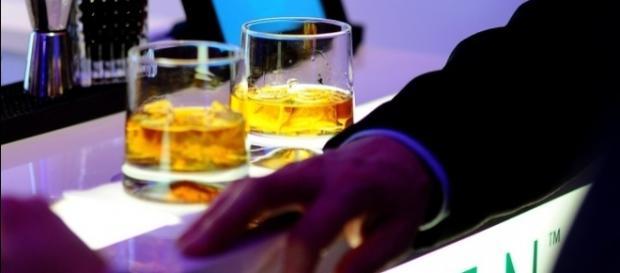 Existe uma relação entre o consumo de bebidas alcoólicas e o surgimento de alguns tipos de câncer