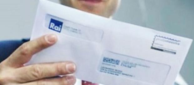 Non pagare il Canone Rai in bolletta attraverso un bollettino postale in bianco.