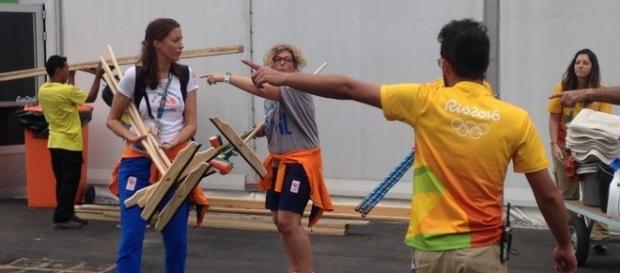 Profissionais trabalham duro para entregar Vila Olímpica