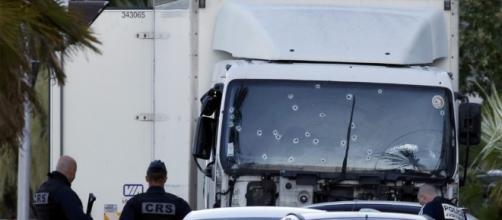 Attentato di Nizza, la magistratura francese pretende la distruzione delle immagini