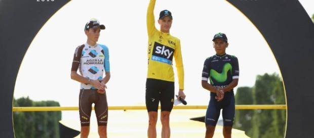 Christopher Froome se proclamó por tercera ocasión como campeón del Tour de France. El podio lo completaron Romain Bardet y Nairo Quintana
