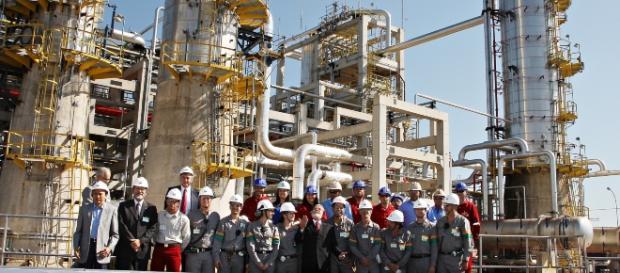 Petrobrás manterá petroquímicas do Rio e Pernambuco