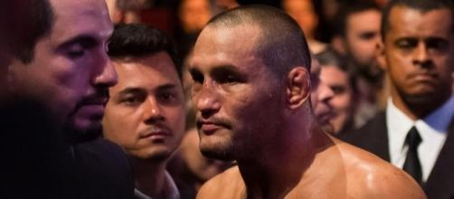 Dan Henderson says he heard Lyoto Machida might not pass UFC on ... - mmajunkie.com