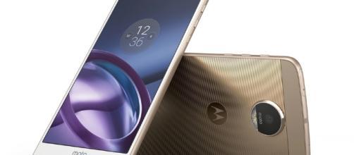 Motorola Moto Z: smartphone modulari con Android Marshmallow