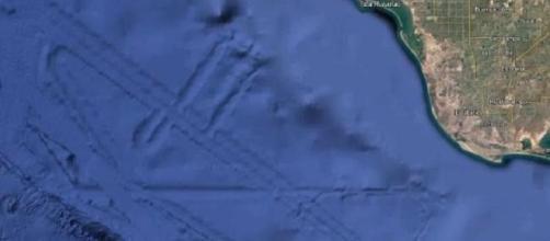 Un mistero le immagini di google Earth provenienti dal Golfo di California