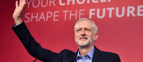 Jeremy Corbyn wins with a landslide – but what next?   Gary Gibbon ... - channel4.com