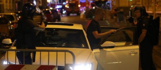 Cine este teroristul de la Nisa: râdea în timp ce îi omora | Click - click.ro