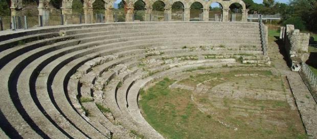 Dal 16Luglio al 9 Agosto 2016 | VITERBO - Teatro romano di ... - eventidellatuscia.it