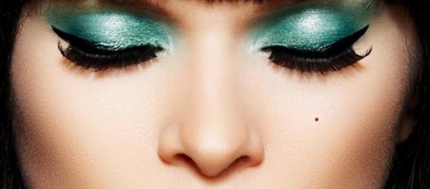 Com as dicas certas, qualquer mulher pode se tornar linda usando maquiagem