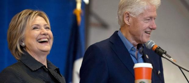 Hillary e Bill Clinton, juntos para a batalha