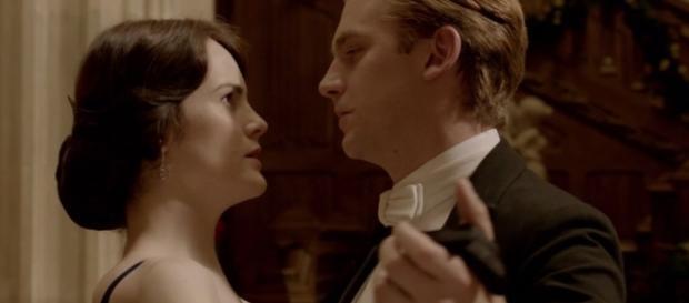 """Os personagens Lady Mary e Matthew Crawley, em """"Downton Abbey"""" / Imagem: Reprodução"""