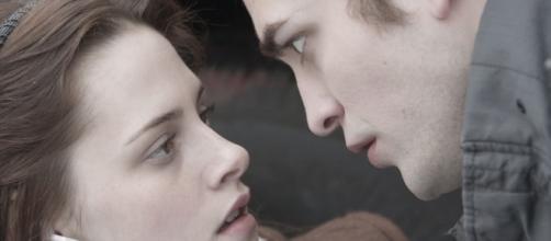 Quando saber se é amor ou paixão o que se sente por alguém desconhecido?