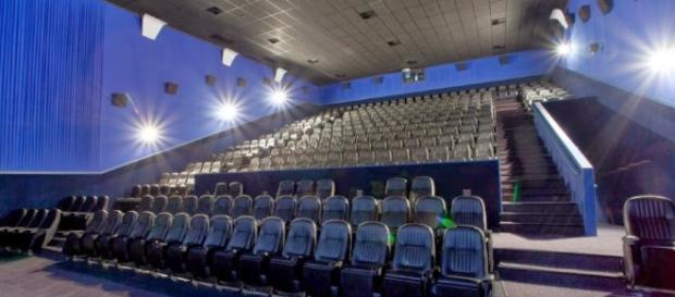 Como pagar meia-entrada no cinema e estreias de agosto