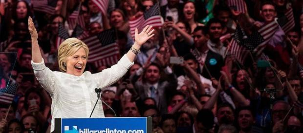 Hillary Cliton prima donna candidata alla Casa Bianca - chedonna.it