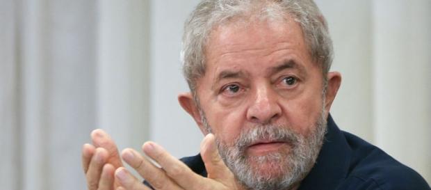Ex-presidente Lula interpelou Villa a provar acusações na Justiça