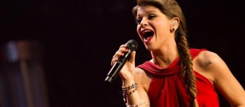 Alessandra Amoroso presenta in anteprima il video del nuovo ... - rds.it