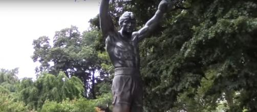 Screen capture of statue of Rocky in Philadelphia, Pennsylvania. Richard Frejomil II/YouTube.