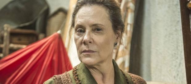 Elizabeth Savala interpreta a megera Cunegundes em 'Êta Mundo Bom!'