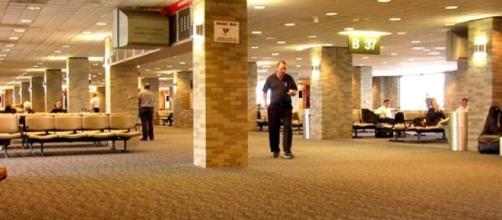 Concourse B in Memphis International Airport (Patriarca12 wikimedia)