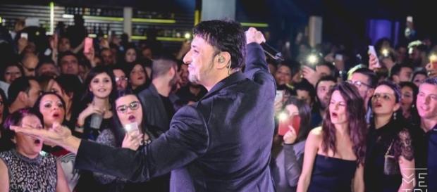 Gigi Finizio in concerto a Serino il 4 agosto