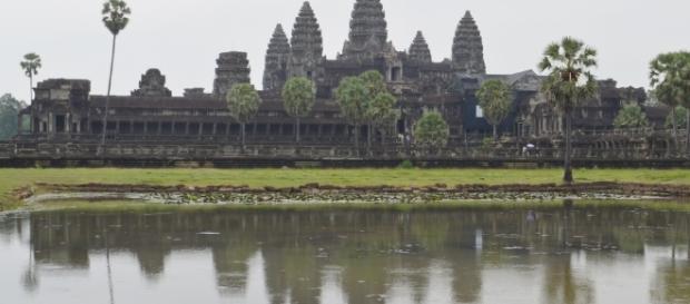 Walking back in time at Angkar Wat — Danya fil Dunya - danyagreenfield.com