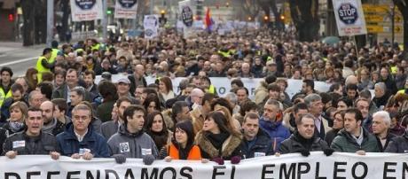 Macri desoye el pedido del Papa: el derecho de los argentinos a un trabajo digno