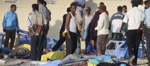 Al menos 20 personas mueren en el ataque a un conocido hotel de ... - 20minutos.es