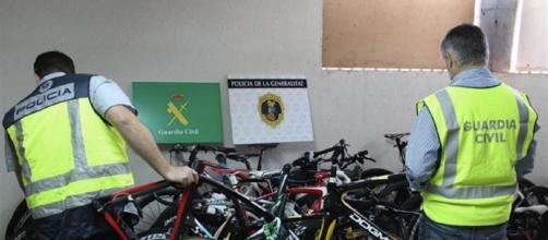 """Imagen de parte de las bicicletas intervenidas en la operación """"Tourmalet"""""""