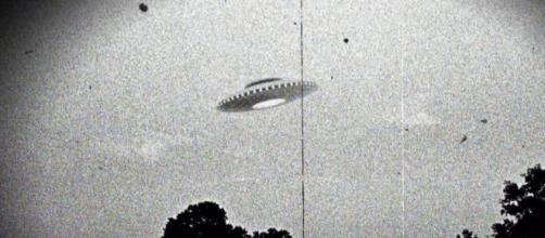 Radar militari avrebbero intercettato UFO