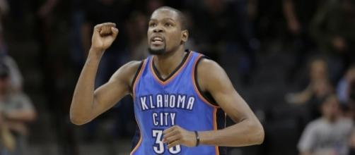 Kevin Durant made a shocking announcement/Photo via todaysfastbreak.com