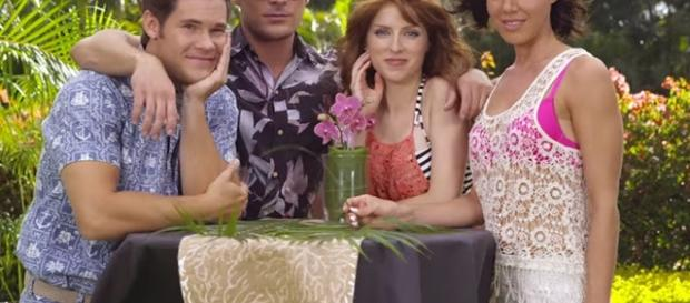 From left to right: Adam Devine, Zac Efron, Anna Kendrick and Aubrey Plaza in a movie scene via flicksided.com
