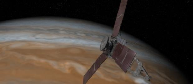 La sonda Juno en su órbita hacia Júpiter