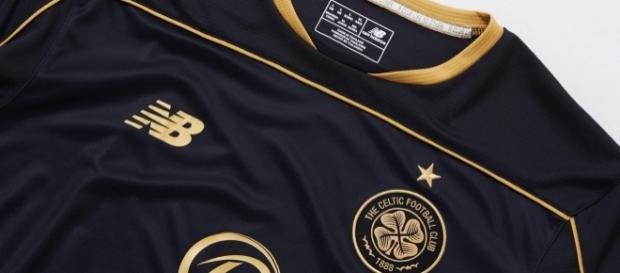 Le nouveau maillot extérieur des Celtic Glasgow pour la saison 2016 - 2017