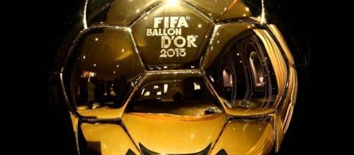 CR7 in vantaggio su Messi per il Pallone d'Oro. Ma c'è chi punta forte su Bale.
