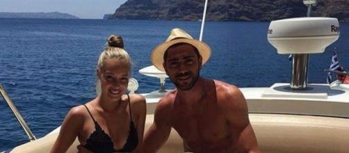 Graziano Pellè sullo yacht con la fidanzata Viki Varga