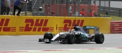 Hamilton vittorioso a Silverstone