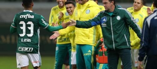 Palmeiras de Gabriel Jesus continua na ponta da tabela