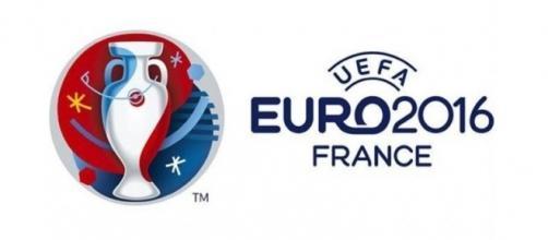Portugal e País de Gales procuram um lugar na final do Euro 2016