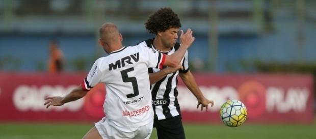 Camilo foi elogiado por Ricardo Gomes