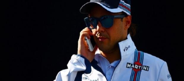 Felipe Massa se preocupa com possibilidade de GP Brasil não acontecer em 2017 (Foto: Uol Esporte)
