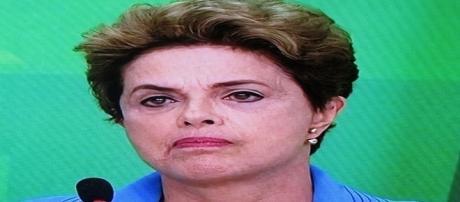 Dilma se defende por carta enviada à Comissão do Impeachment